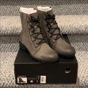 Sorel Phoenix Short Lace Waterproof Boots